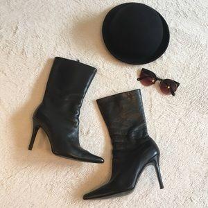 Colin Stuart Black Pointed Toe Boots Size 7